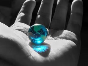 hazelnut globe
